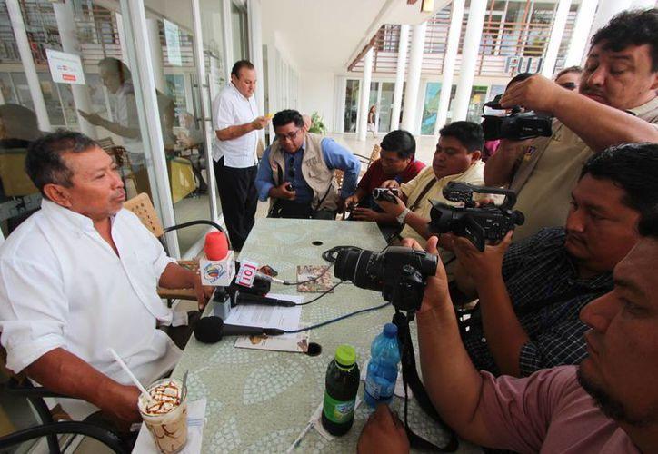 El velerista yucateco radicado en Cozumel, Nilo Dzib Poot, ocupará desde hoy un lugar en el Salón de la Fama del Deporte Yucateco. (Gustavo Villegas/SIPSE)