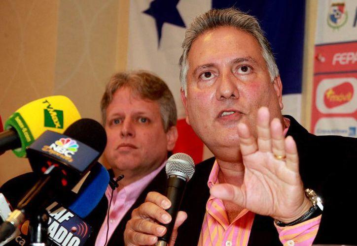 Pedro Chaluja, presidente de la Federación Panameña de Futbol, pidió a la Concacaf investigar el partido entre Panamá y México, de semifinales de la Copa Oro. (Notimex)