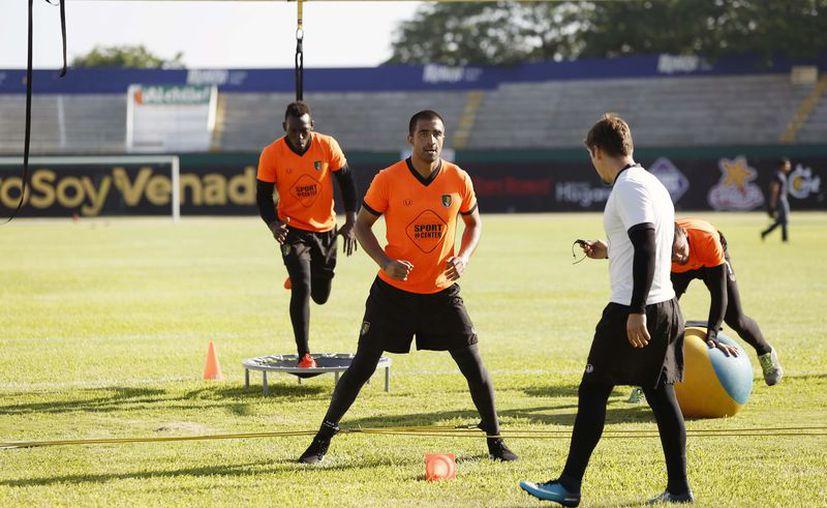 La llegada de refuerzos para esta temporada en los Venados FC Yucatán cayó de buen ánimo para el entrenador ciervo Bruno Marioni. (Foto: Milenio Novedades)