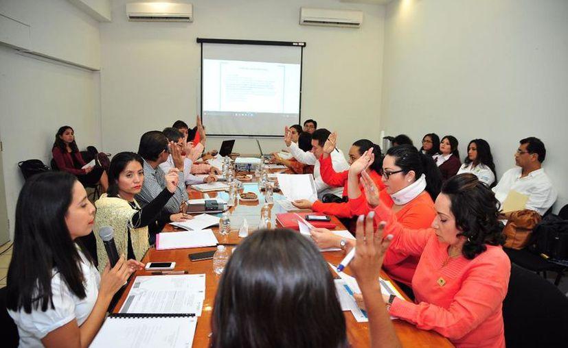 La Comisión Ejecutiva del Ceaveqroo indica que 23 personas recibieron compensación por violación a sus derechos. (Daniel Tejada/SIPSE)