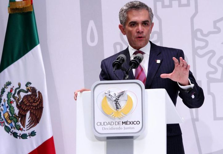 Miguel Ángel Mancera no solo presentó su propuesta de salario mínimo sino la argumentación técnica para aumentarlo. (Notimex/Foto de archivo)