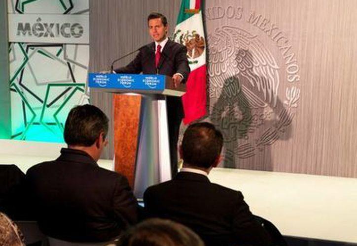En Davos, el Presidente Enrique Peña anunció que Nestlé, Pepsico y Cisco harán importantes inversiones en México. (presidencia.gob.mx)