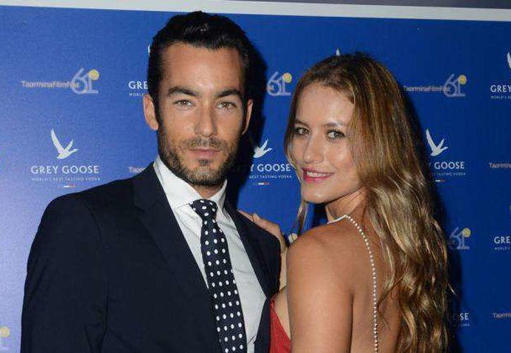 Aarón Díaz y Lola Ponce son padres de dos niñas. (La opinión)
