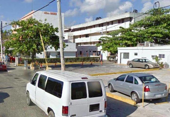 """Santos """"N"""" fue trasladado por custodios de la cárcel de Cancún y personal de la Policía Estatal al Juzgado Segundo para que rindiera su declaración ministerial. (Foto de contexto/Internet)"""