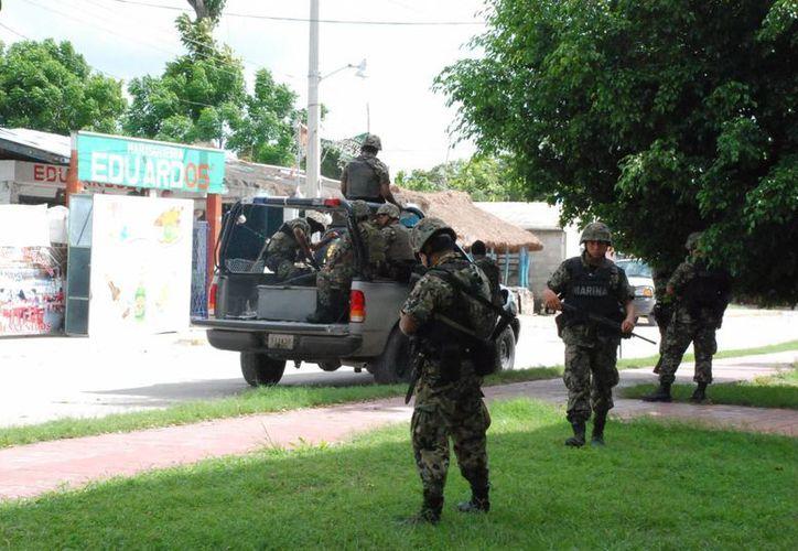 Elementos de la Secretaría de la Defensa Nacional (Sedena) participan en la ejecución de las acciones operativas. (Enrique Mena/SIPSE)