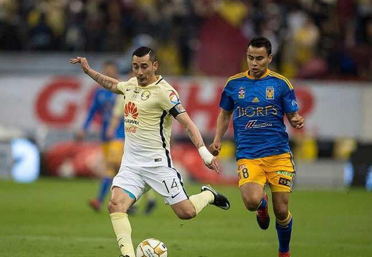 América recibió a Tigres este jueves en partido de ida de la final del futbol mexicano. (Fotos mexsport.com)
