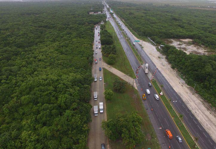 La SCT suspendió obras de reparación de carreteras. (Israel Leal/SIPSE)