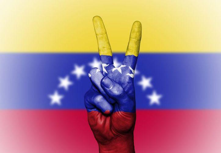 """El nuevo requerimiento pretende """"asegurar una migración ordenada y segura"""" ante el """"éxodo masivo"""" de Venezuela hacia Perú. (Pixabay)"""