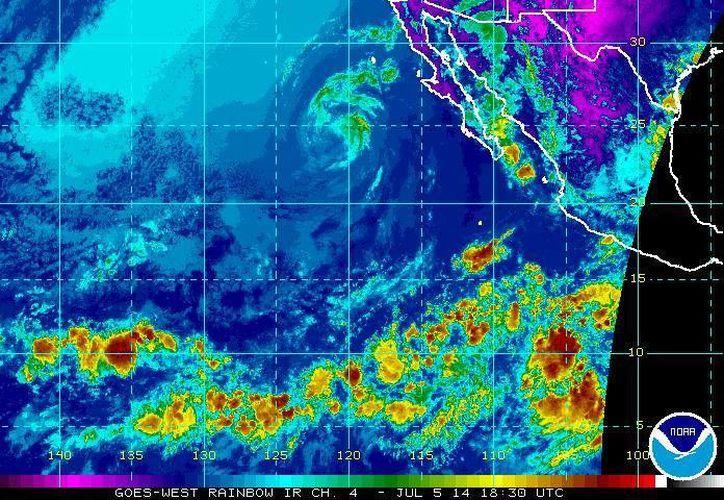 Las ondas tropicales 8 y 9 tienen un 20% de potencial ciclónico y generarán fuertes lluvias en Jalisco, Michoacán, Nayarit, Guerrero, Oaxaca y Colima. (ssd.noaa.gov)