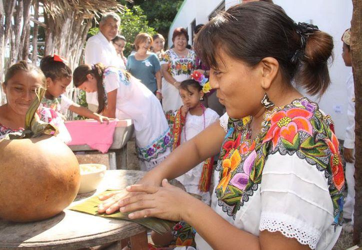 Como siempre pasa, los mayas no son requeridos en los festejos por su herencia cultural. (SIPSE)