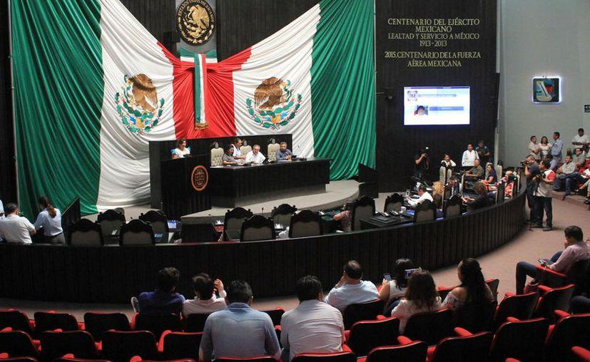En junio pasado los tres poderes del Estado promovieron ante la SCJN una controversia constitucional contra Quintana Roo. (Novedades Yucatán)