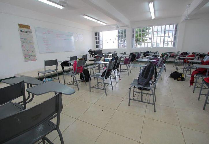 Si en Cozumel se suspenden clases el 3 de mayo los alumnos de nivel básico descansaran en total cinco días, uno más que el resto de los alumnos de Quintana Roo. (Gustavo Villegas/SIPSE)