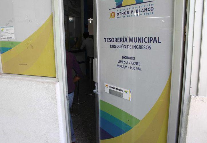 La Tesorería municipal calcula que la primera parte del pago de aguinaldo de los trabajadores sea entre el ocho y 10 de diciembre. (Joel Zamora/SIPSE)