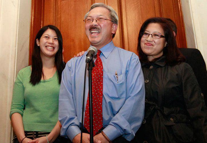 Casado y con dos hijas, era un abogado de derechos civiles que fue el administrador municipal antes de ser nombrado alcalde. (Excelsior)