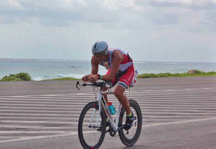 Cozumel es el único destino turístico con ciclovía. (Gustavo Villegas/SIPSE)