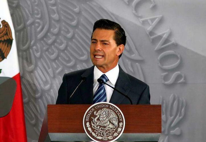 El Presidente de México digirió un saludo al pueblo panameño al arribar a esa nación para la Cumbre de las Américas. (Archivo/Notimex)