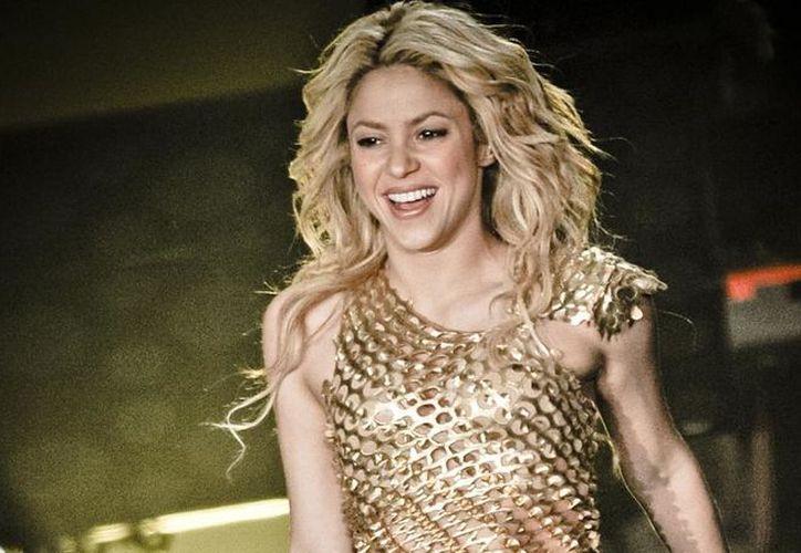 Shakira compartió con los medios de comunicación cómo supero el problema con sus cuerdas vocales. (La Vanguardia)