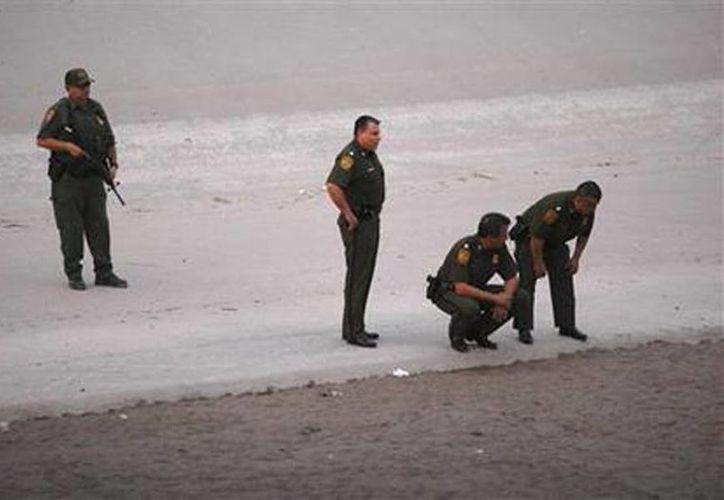 Según las normas en vigor, los agentes pueden usar la fuerza letal si consideran que su vida o la de otros está en peligro. (Agencias)