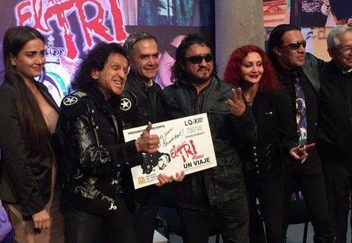 El Tri cumple 48 años de actividad musical en la escena del rock mexicano.(Foto tomada de Twitter/@GobCDMX)