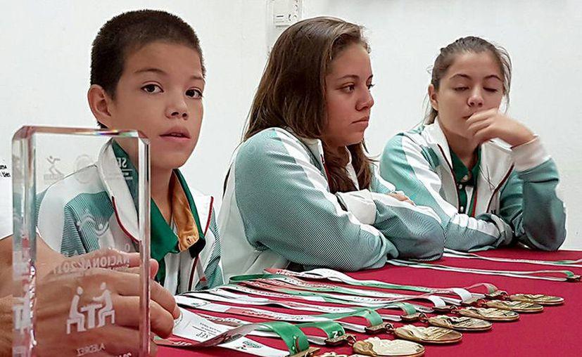 Sion Galaviz Medina, ajedrecista de Yucatán, prácticamente se llevó la Olimpiada Nacional: nadie ganó más medallas de oro que él, y tiene sólo 11 años de edad. (Cortesía)