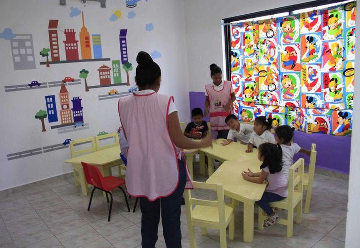 A nivel estatal la Sedesol cuenta con 118 estancias infantiles, 49 a nivel local y siete más en proceso de concluir con los trámites para su conformación. (Tomás Álvarez/SIPSE)