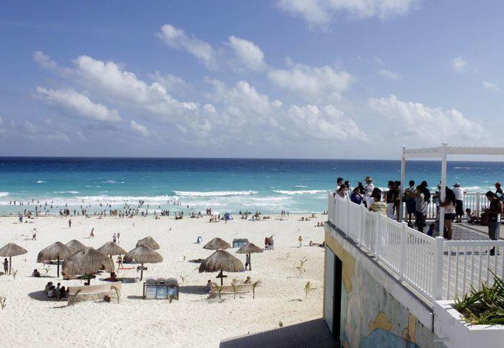 Los turistas estadounidenses eligieron a los destinos de Quintana Roo para vacacionar. (Francisco Gálvez/SIPSE)