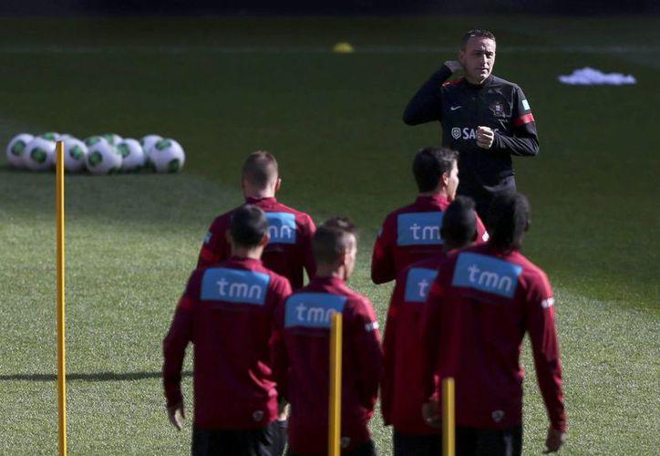 El DT portugués repetirá la fórmula del último partido. (EFE)
