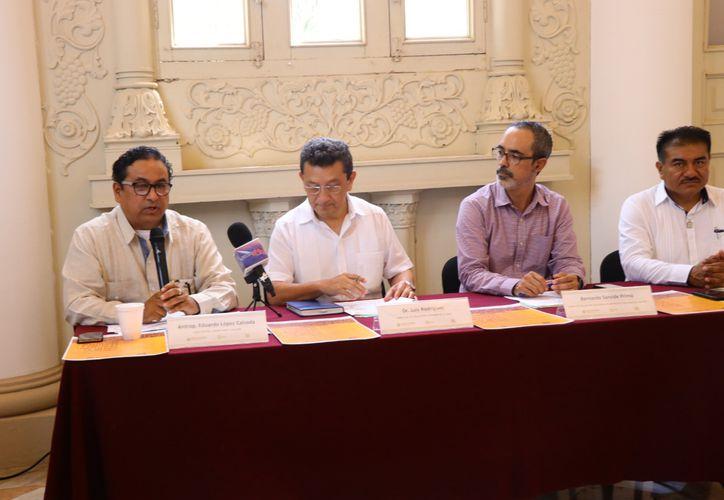 Reunión informativa en la que se dieron a conocer detalles del diplomado (Foto: Jorge Acosta/Novedades Yucatán)