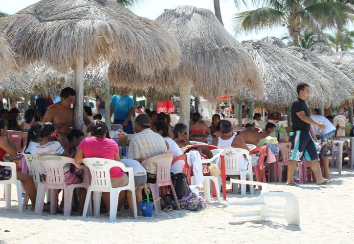 La Conagua pronostica para Yucatán temperaturas muy calurosas para este sábado, penúltimo día de vacaciones de Semana Santa. (Milenio Novedades)