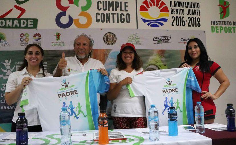 Los organizadores presentaron el evento en una conferencia de prensa. (Raúl Caballero/SIPSE)