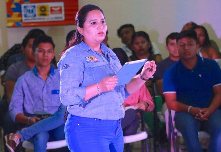 La candidata al Senado Mayuli Martínez propone mejorar el uso de la tecnología contra la prevención del delito. (Foto: Redacción)