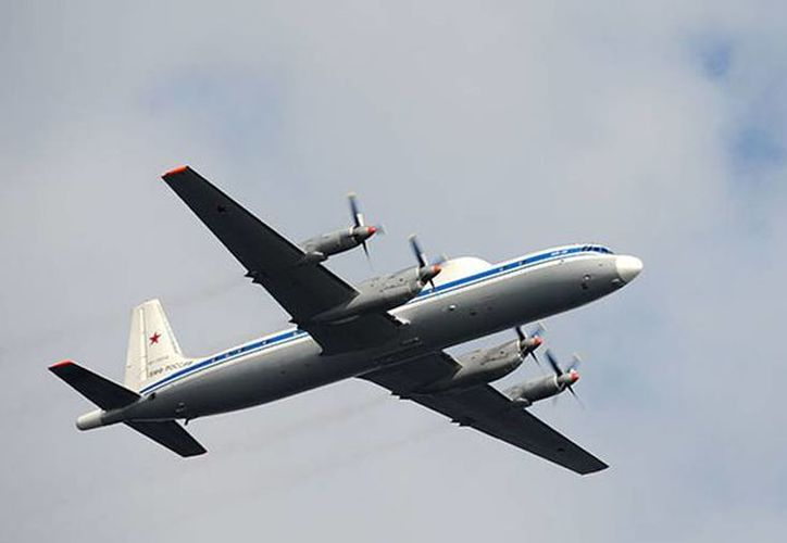 El Il-18 sigue siendo usado por los militares rusos para tareas de transporte. (actualidad.rt.com)