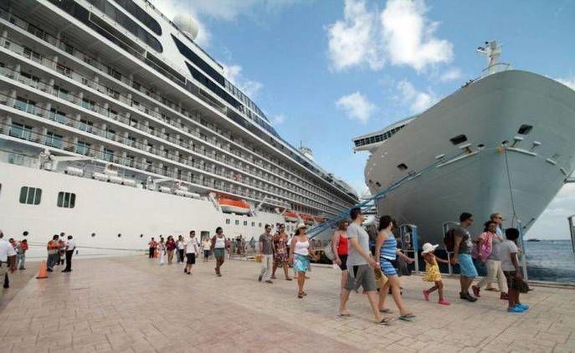 Los itinerarios Cozumel Plus son operados por 17 diferentes barcos de Carnival que ofrecen más de 750 cruceros. (Redacción/SIPSE)