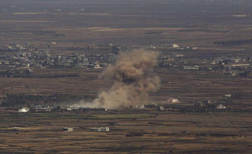 Elementos de la milicia francesa y de la estadounidense destruyeron este domingo un centro de producción y almacenamiento de armas del Estado Islámico en Siria. (EFE/Foto de contexto de Siria)