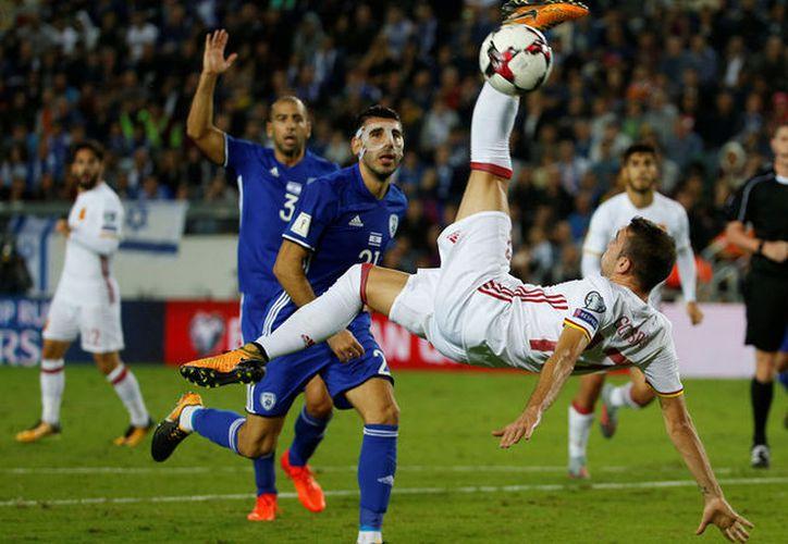 La victoria ante Israel le permite a 'la Roja' terminar la fase clasificatoria encabezando el grupo G. (Ronen Zvulun / Reuters)