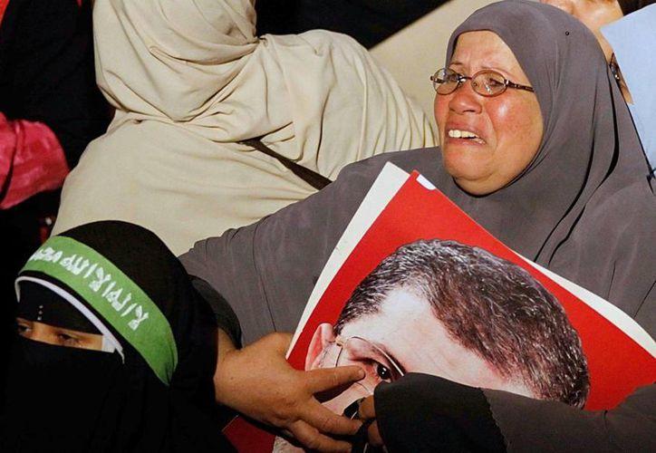 La captura se da horas después de la caída de Mursi. (Agencias)