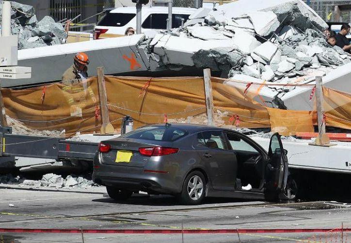 El puente colapsado costó más de 14 millones de dólares. (AFP)