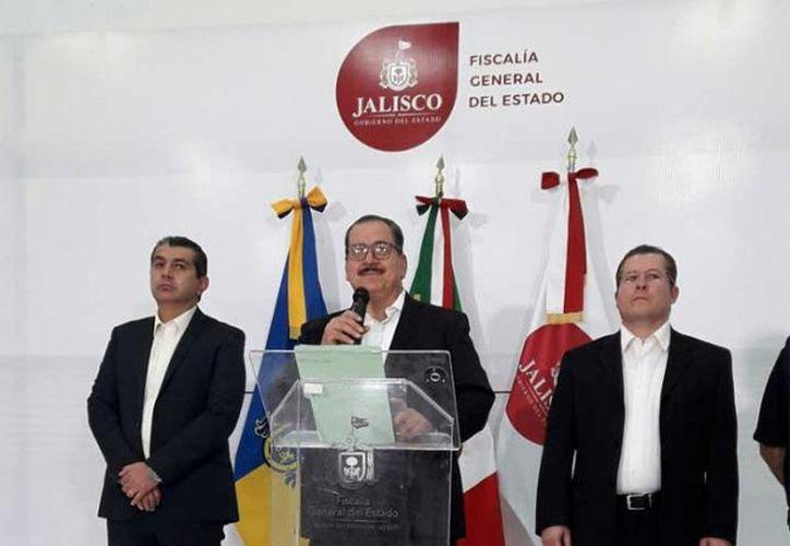 El fiscal dijo que los policías responderán por el delito de desaparición forzada de personas. (Foto: Excélsior)
