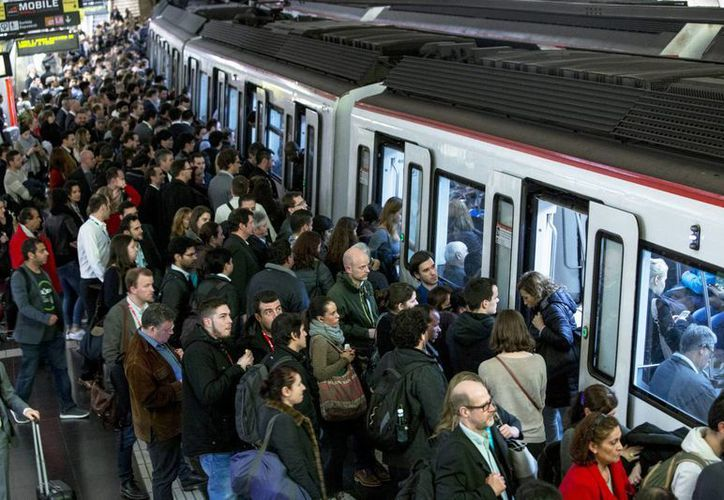 A la huelga en el Metro de Barcelona se sumaron también las líneas de autobuses. (Notimex)