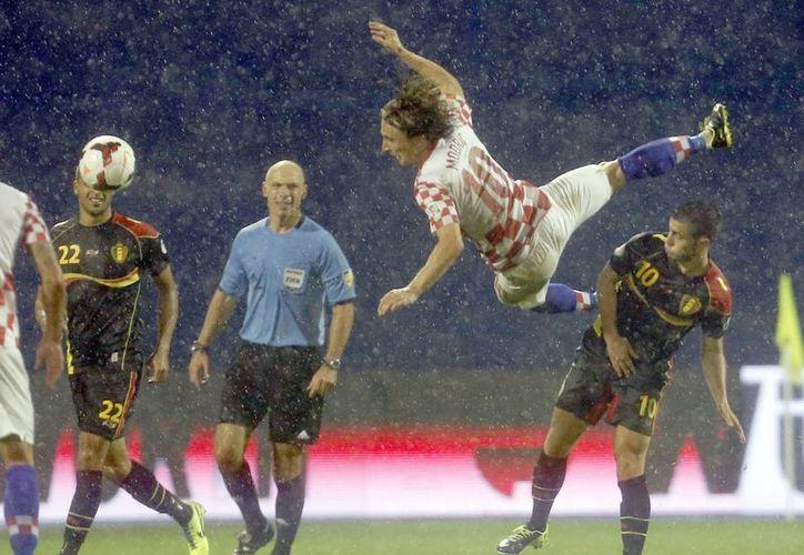 Bélgica no se clasificaba a un torneo internacional desde el Mundial de 2002 en Corea-Japón. (Agencias)