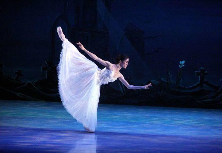 El ballet 'Giselle' se presentará en las actividades de la jornada inaugural del FICMaya 2014. (José Acosta/SIPSE)