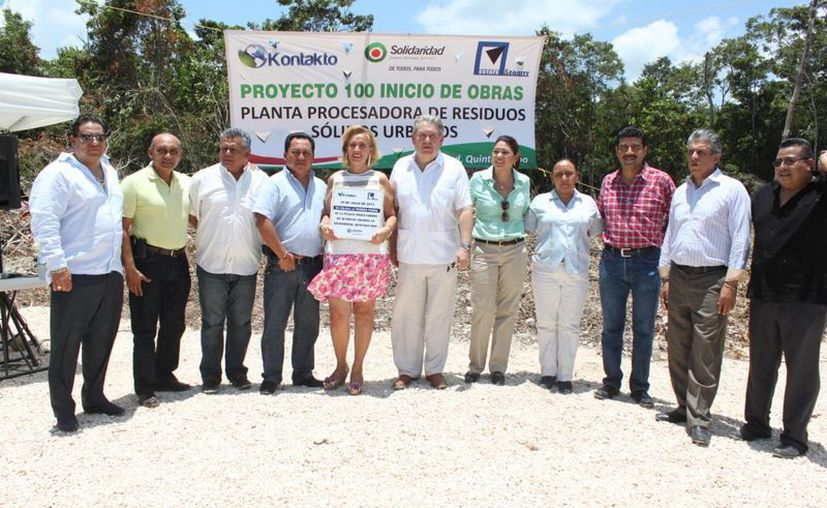Las autoridades durante la  presentación del proyecto. (Adrián Barreto/SIPSE)