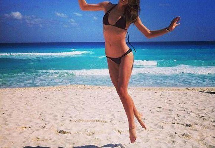 """Un """"ángel"""" apareció en las playas Cancún. (Instagram/@Inmirandakerrverified)"""