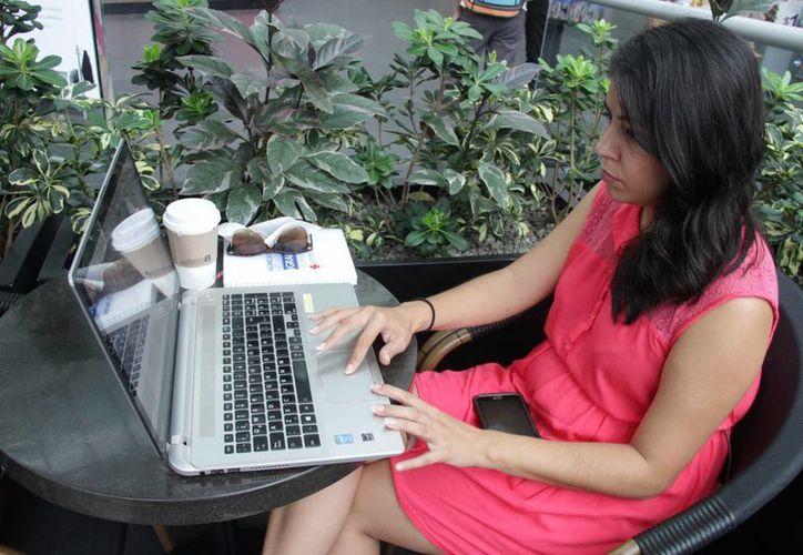 El objetivo de la 'bolsa rosa' es ofrecen  horarios flexibles a mujeres profesionistas. (Consuelo Javier/SIPSE)