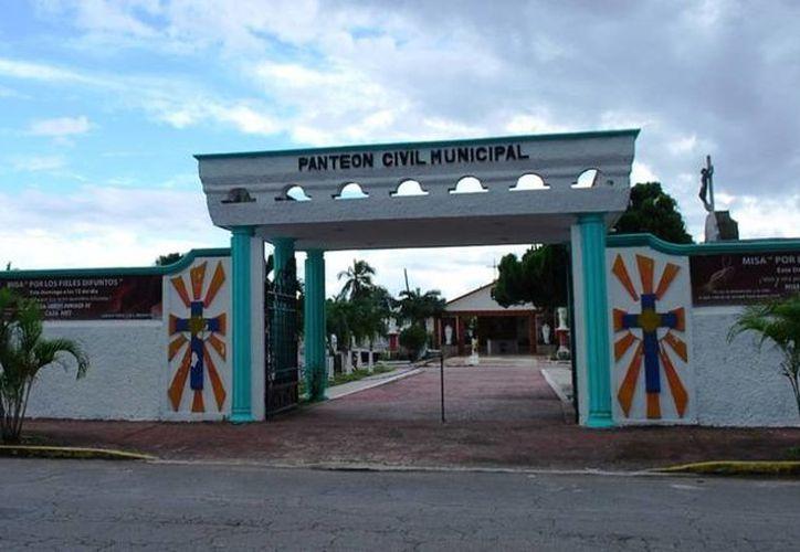 El Panteón Municipal se encuentra ubicado en la avenida Benito Juárez, entre José María Morelos y Rafael E. Melgar. (Cortesía/SIPSE)