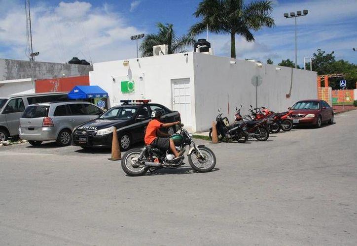 La remodelación del edificio del C4 de Cozumel iniciará en un plazo no mayor a 30 días asegura la Sintra. (Irving Canul/SIPSE)