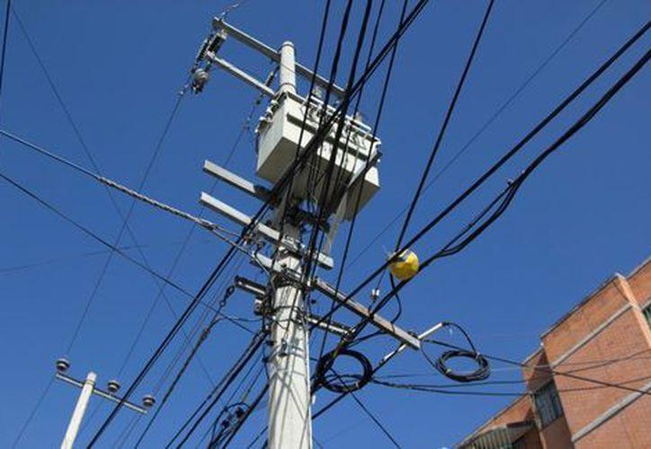 Aún se investigan las causas de la falla y se trabaja para normalizar el suministro de energía eléctrica. (Cuartoscuro)