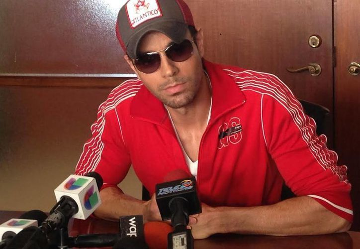 """Enrique Iglesias informó que el primer concierto de su gira """"Love + sex"""", será en el Coliseo de Puerto Rico. (EFE)"""