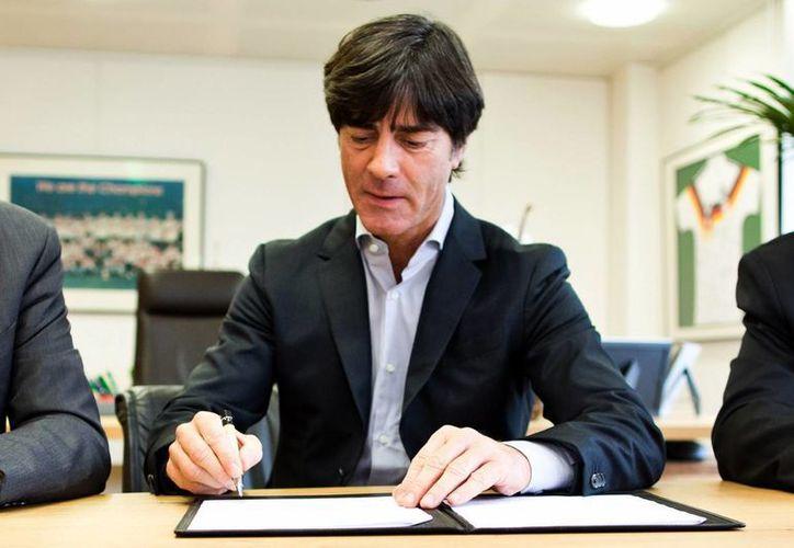 Bajo la dirección de Loew, la Selección de Alemania no ha ganado un solo título . (Agencias)