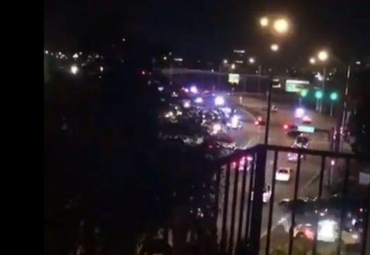 La policía del Condado Miami-Dade informó que los disparos se registraron a poca distancia del aeropuerto de Miami. (Captura de pantalla/Redes Sociales)